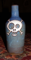 8_skull-bottle-2.jpg